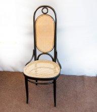 Thonet Stuhl mit erneuertem Wiener Geflecht